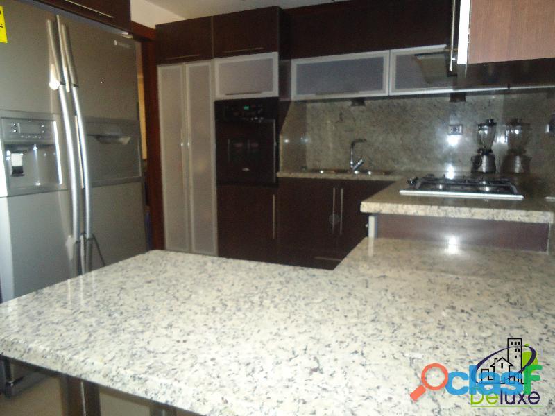 Impecable apartamento de 118 m2, ubicado en Conjunto Residencial Tinajeros 10