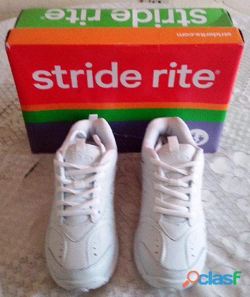 Zapatos deportivos blancos
