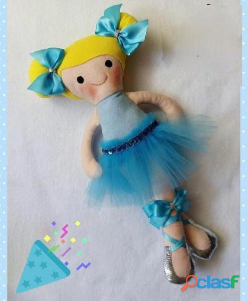 Muñecas y Cojines Artesanales 7