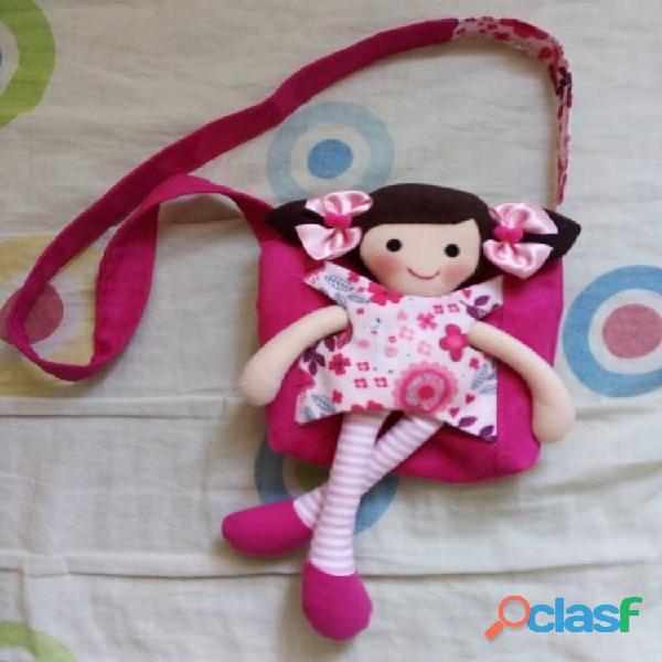 Muñecas y Cojines Artesanales 2