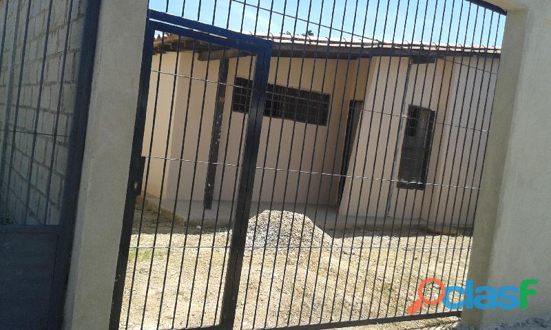"""Se vende casa en urb """"isaac oliveira ii"""""""