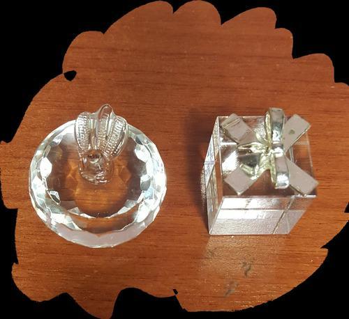 Combo de bellas figuras de cristal forma de manzana y regalo
