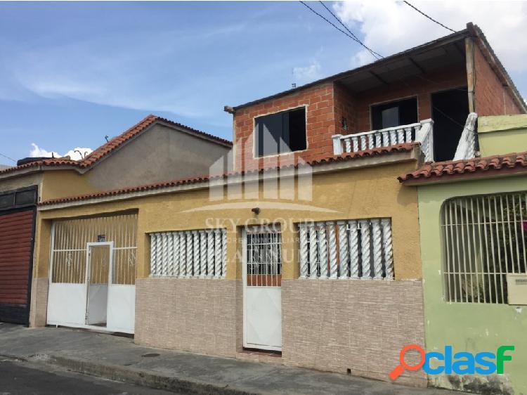 (MAC-620) Casa Santa Rosa, Av Las Ferias 2