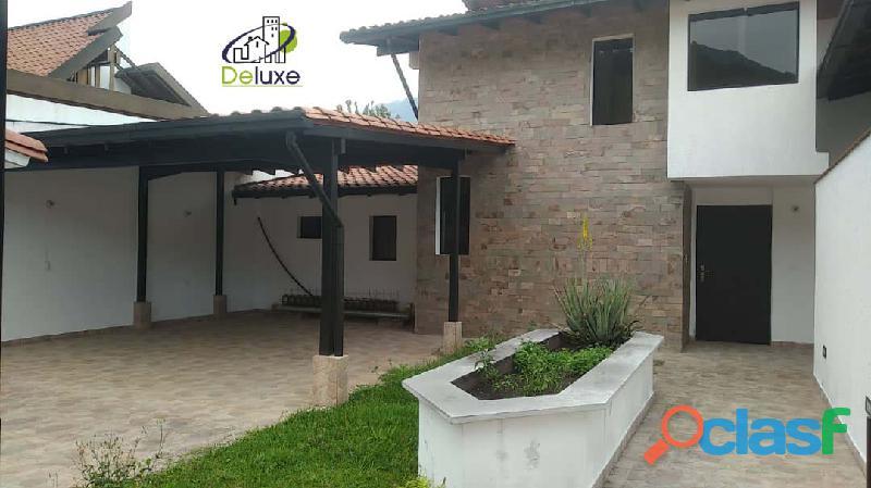 Hermosa casa,400m2t y 280m2c, ubicada en la urbanización santa maría nortenorte