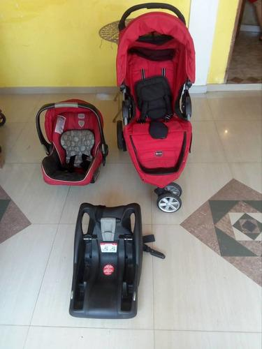 Coche y porta bebe (con base para asiento de carro) 80 vrds
