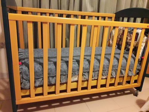 Cuna-cama-sofa foppapedretti madera dos colores con gavetas