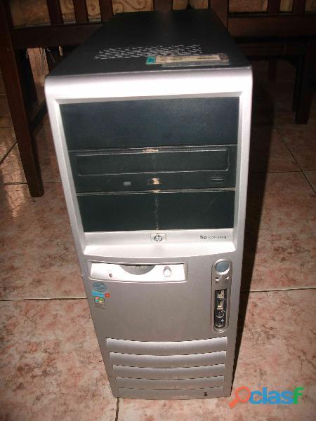 Case hp compaq modelo d530c con fuente de poder operativa