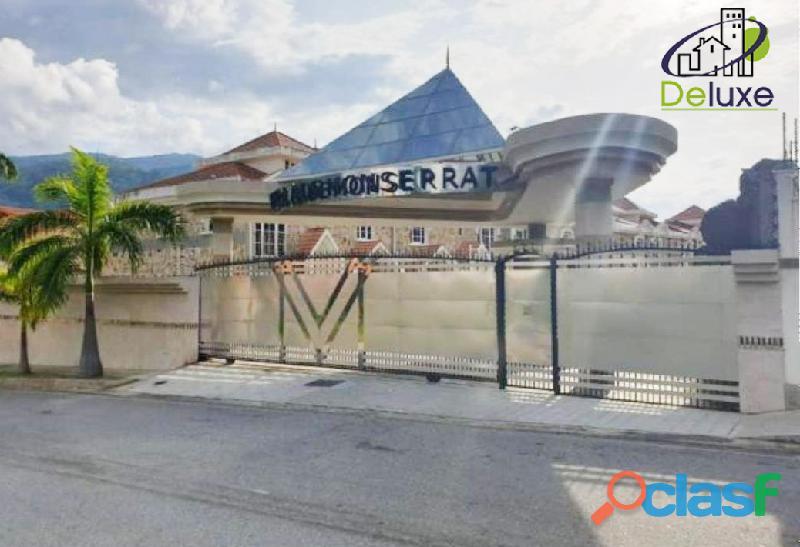Espectacular Townhouse de lujo a estrenar, 305m2 en Conjunto Privado Villas Monserrat