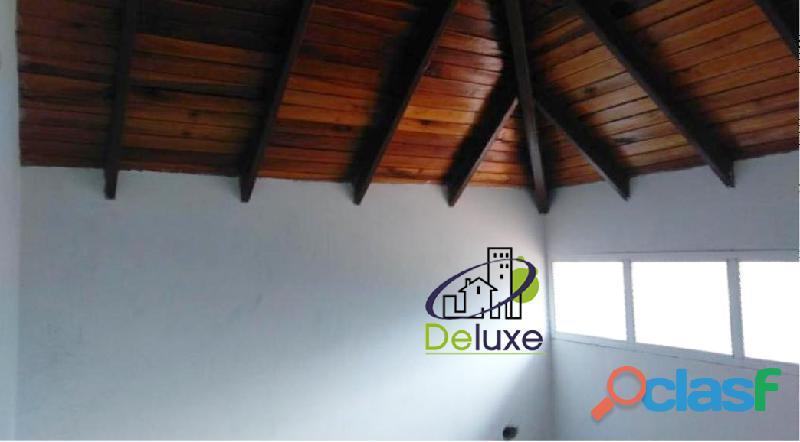 Espectacular Townhouse de lujo a estrenar, 305m2 en Conjunto Privado Villas Monserrat 10