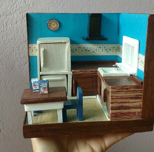 Casita miniatura (cocina) madera.