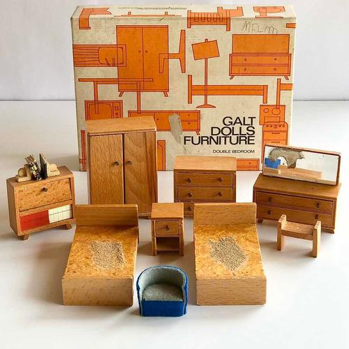 Galt Dolls Furniture Muebles Miniatura Muñecas Dormitorio