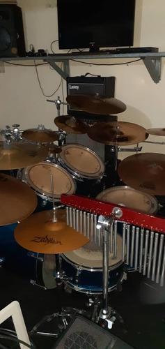 Batería percusión ludwig se vende completa