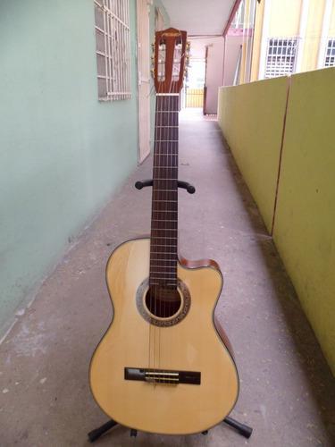 Guitarra electroacustica peavey