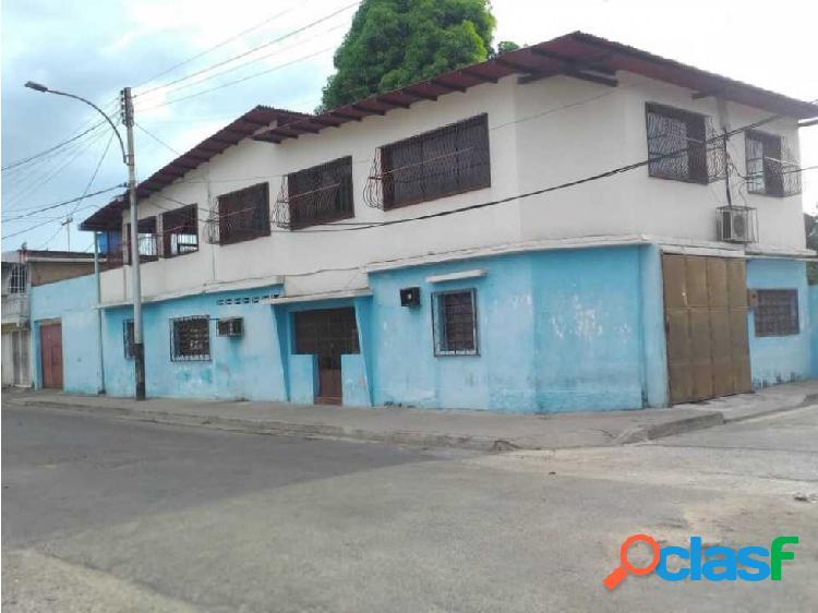 Casa en venta en 23 de enero norte. av. bolivar. maracay