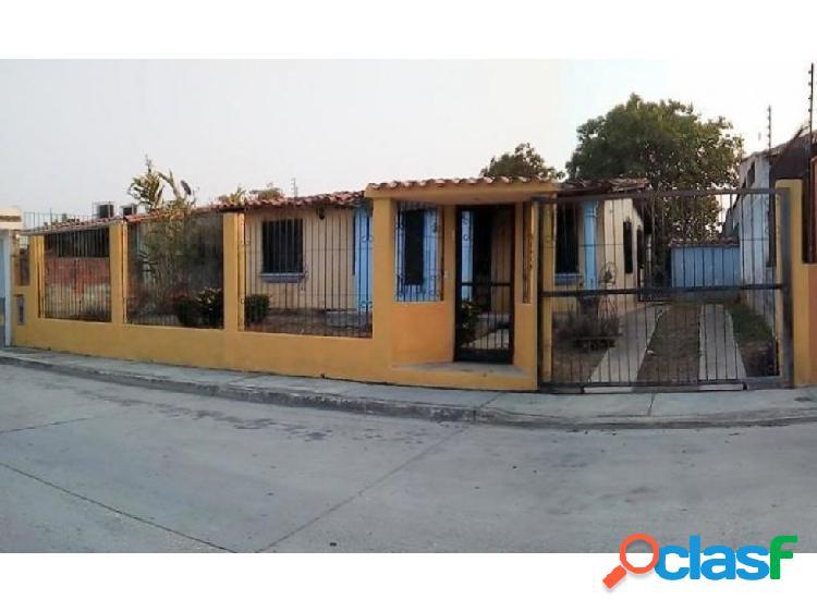 Se vende casa en la cumaca #20-8055 opm