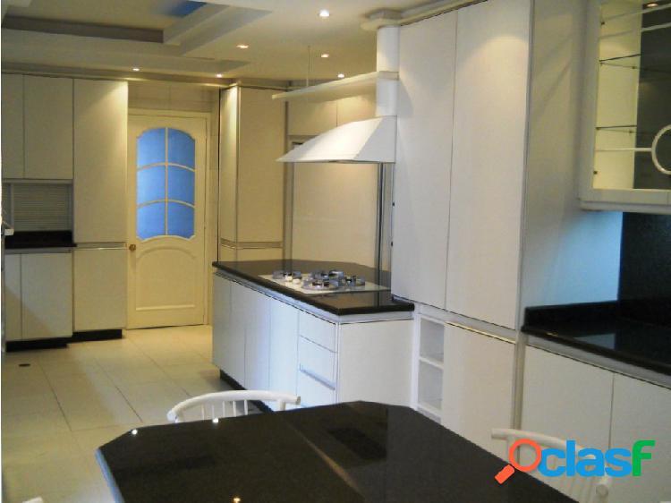 Amplio y lujoso apartamento Resd Shangrila