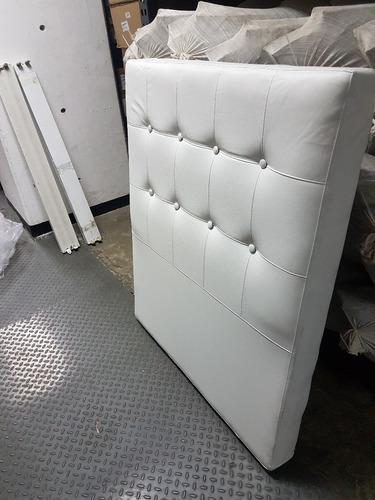 Copete blanco capitoneado cama individual 50 trmps
