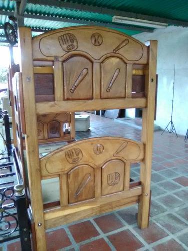 Mueble camas sillas