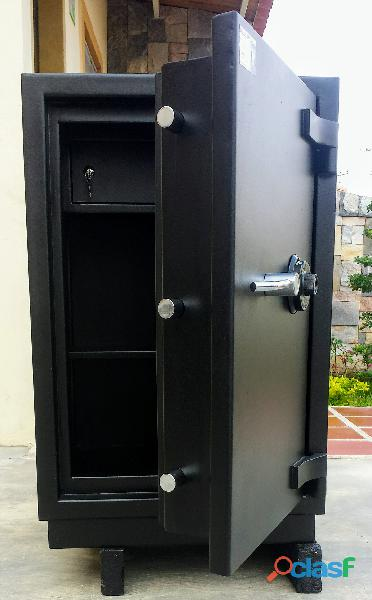 Cajas fuertes bóvedas cofres cerrajero técnico 04128808182