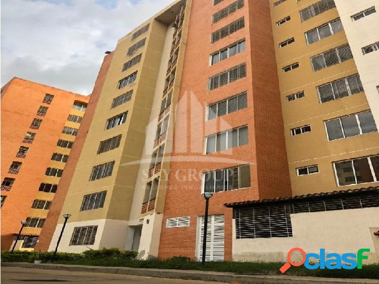 (MAA-1011) Apartamento en Residencias Doral Country, Naguanagua