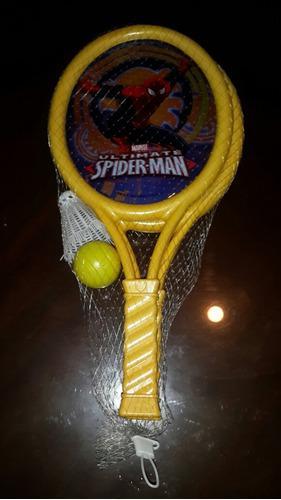 Raqueta para niños con su pelota