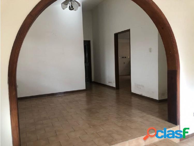 En venta CASA QUINTA URB EL PARRAL CALLE CERRADA 2