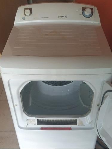 Secadora de ropa general electric 15 kilos poco uso.