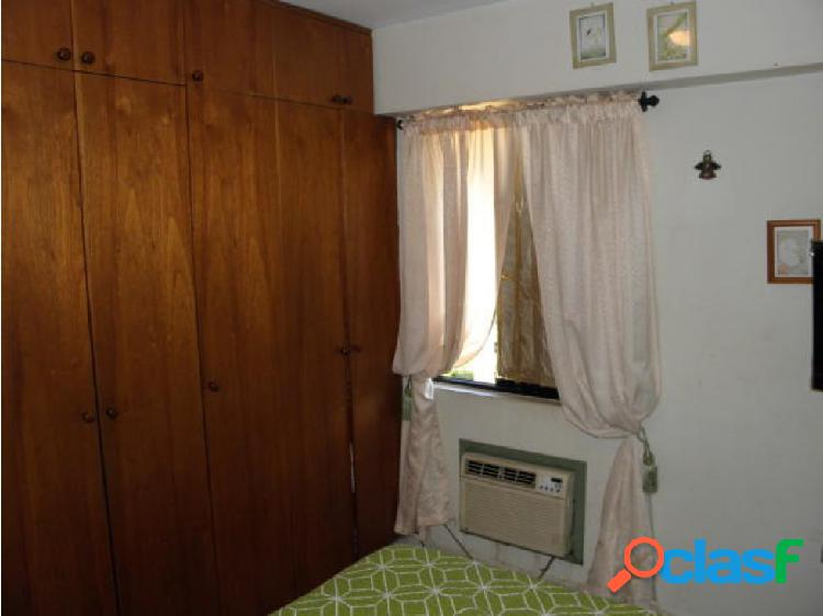 Jersey Lopez 0412 4777139 Valencia cod 20-2852 JEL 1