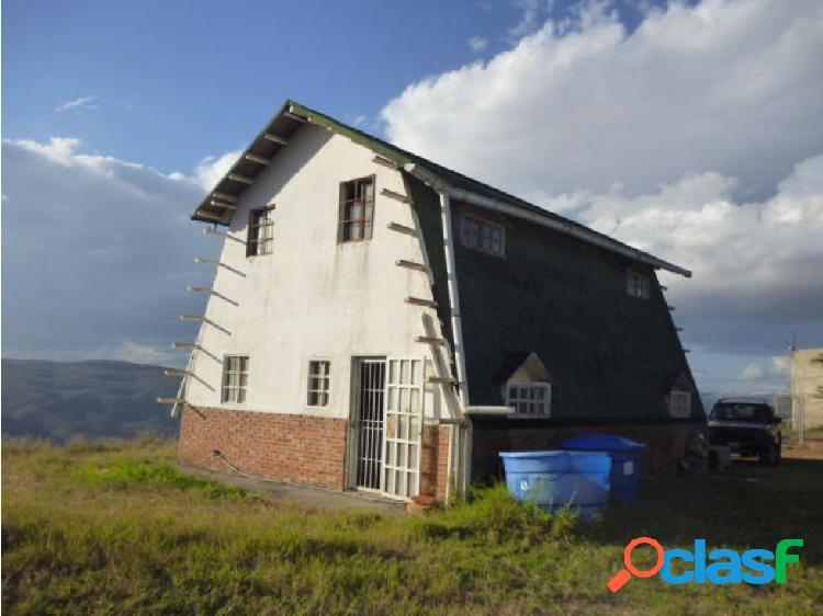Casa en Venta El Manzano RAHCO
