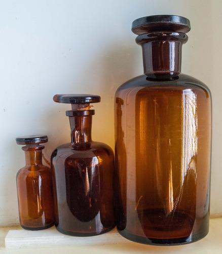 Frascos de vidrio ambar con tapa esmerilada x 4