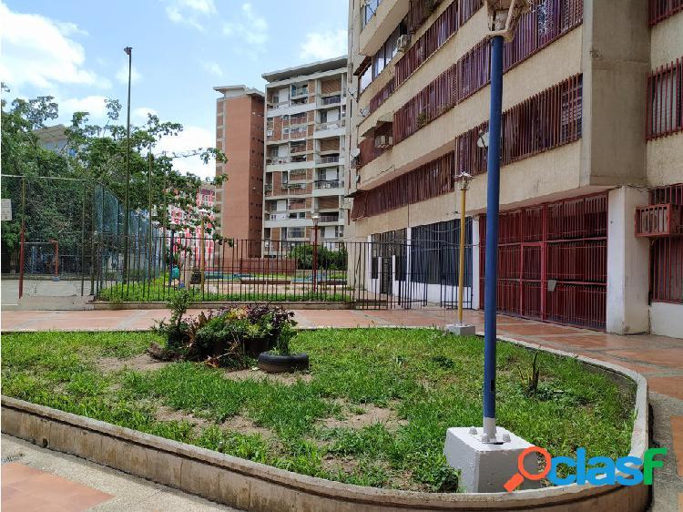 Se vende apartamento en Montalban Res. Juan Pablo II