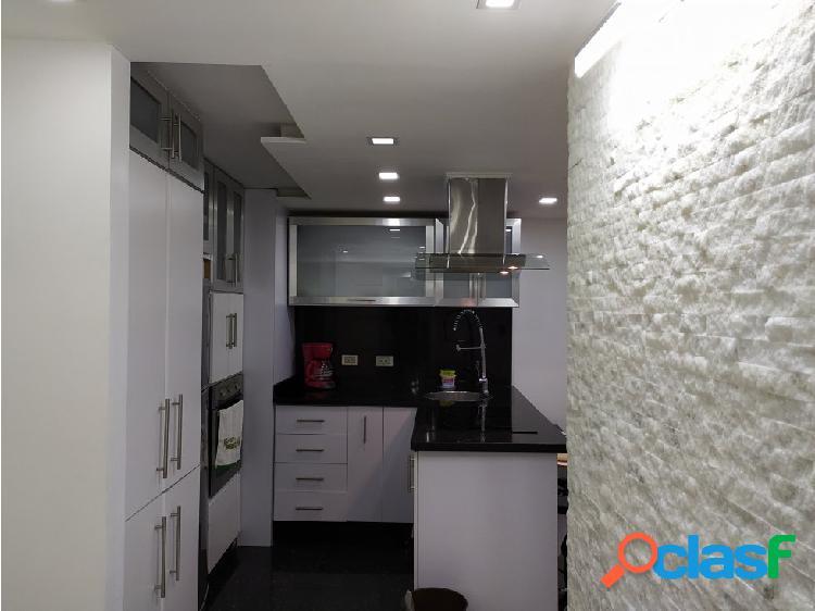 Se vende apartamento en Montalban Res. Juan Pablo II 2