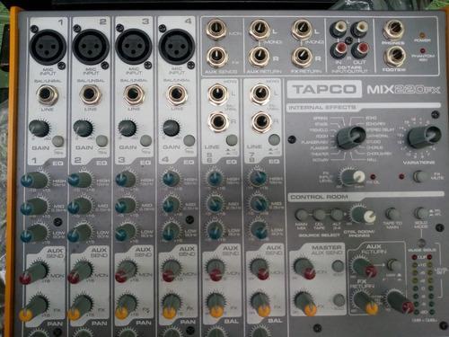 Consola tapco 8 canales impecable con su caja y manuales
