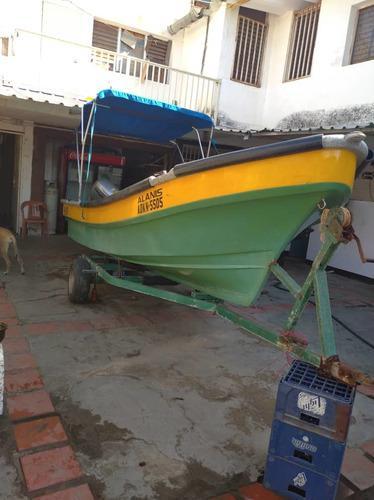 Motor fuera borda yamaha y peñero trompa de ballena