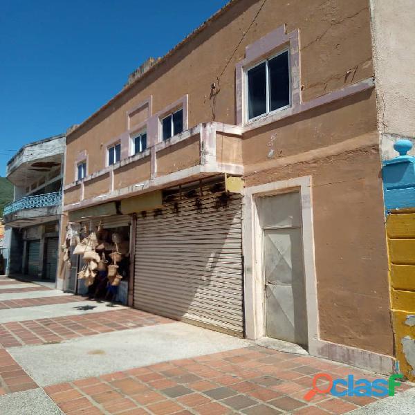 Local Comercial con terreno en el Valle del Espiritu Santo