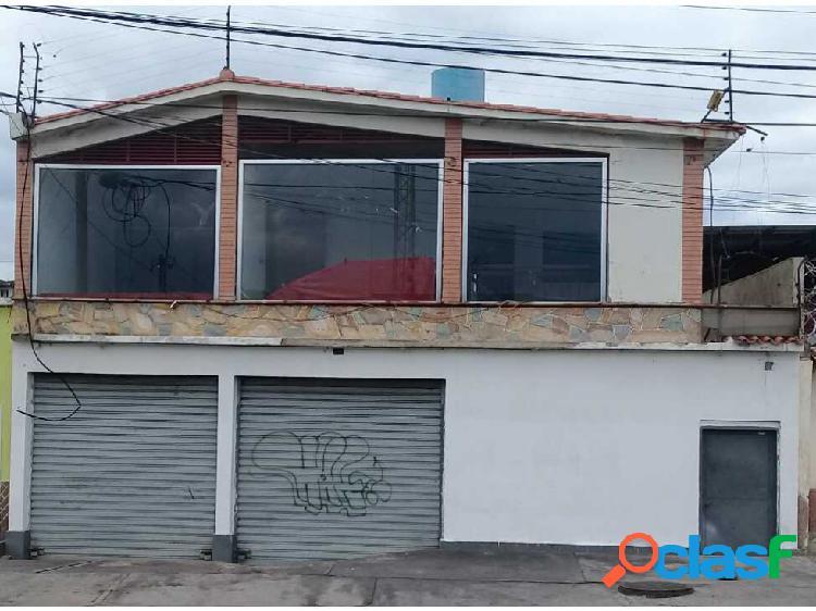 Local con apartamento en maracay edo. aragua.