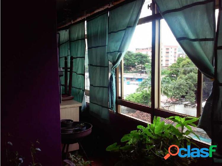 Apartamento en Excelente Zona de La Víctoria, Edificio Edinerca 3