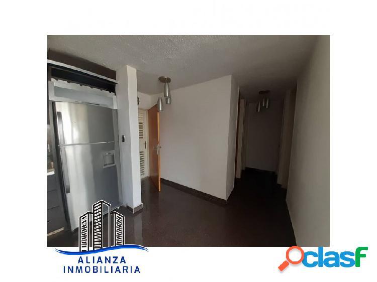 Apartamento en Resd. Alta Vista, Barquisimeto Oeste - Edo. Lara