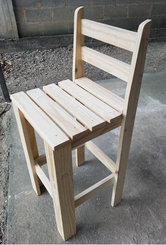 Banco o taburete de madera de pino o silla alta