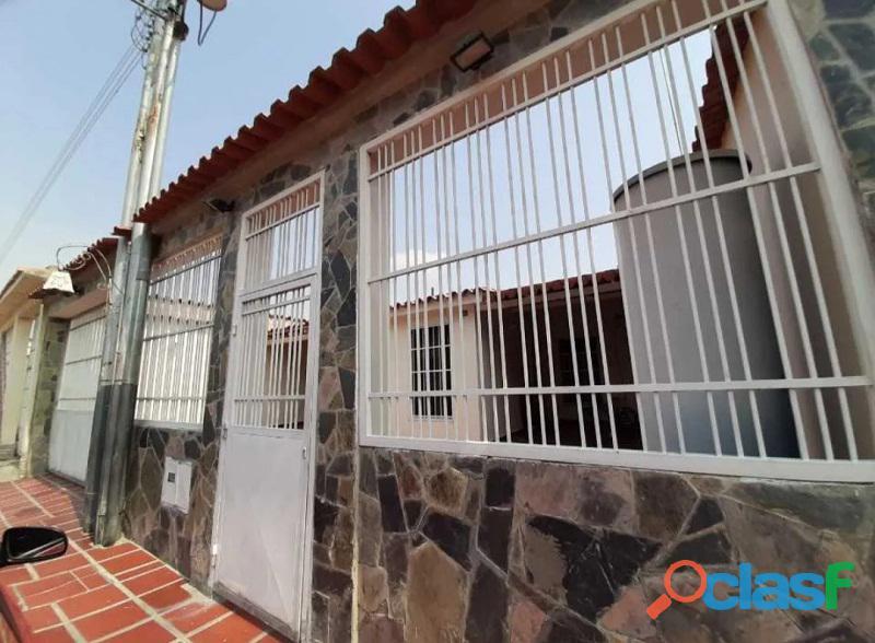 Casa en venta en los palos grandes i, san joaquín, carabobo, enmetros2, 20 50010, asb