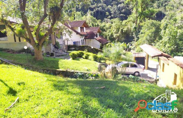 Amplia Casa con áreas verdes y clima de montaña, La Pedregosa Alta 5