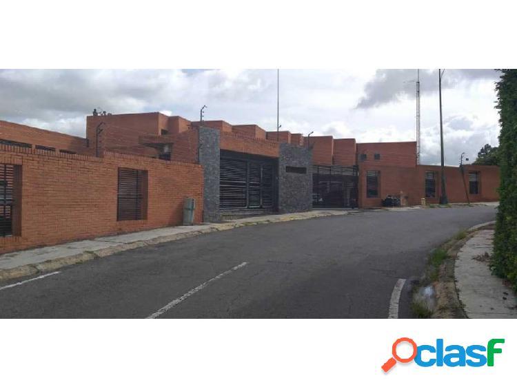 Se vende casa 177m2 5h+s/5b+s/2p Lomas de la Trinidad 2