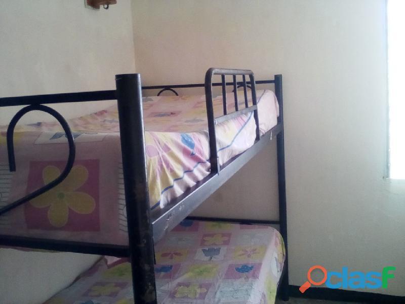 Alquilo habitacion en San Jacinto, Maracay