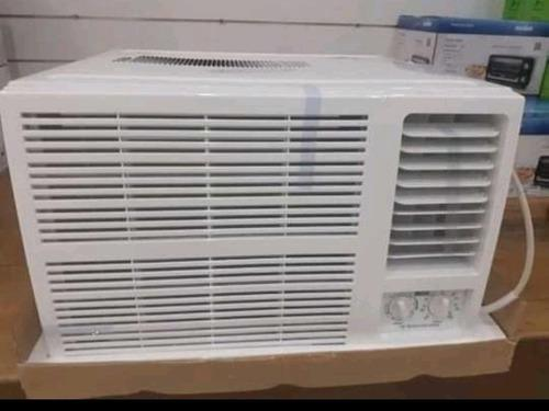 Aire acondicionado de ventana corriente 220v.