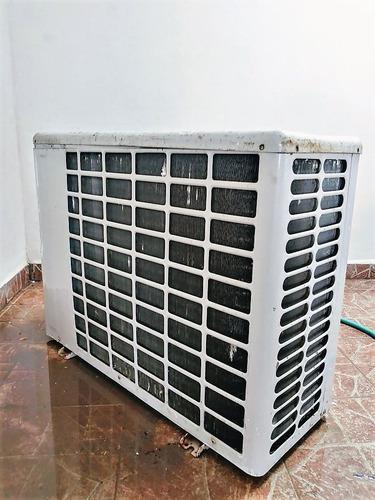 Condensador aire acondicionado con carcaza de 24000 btu