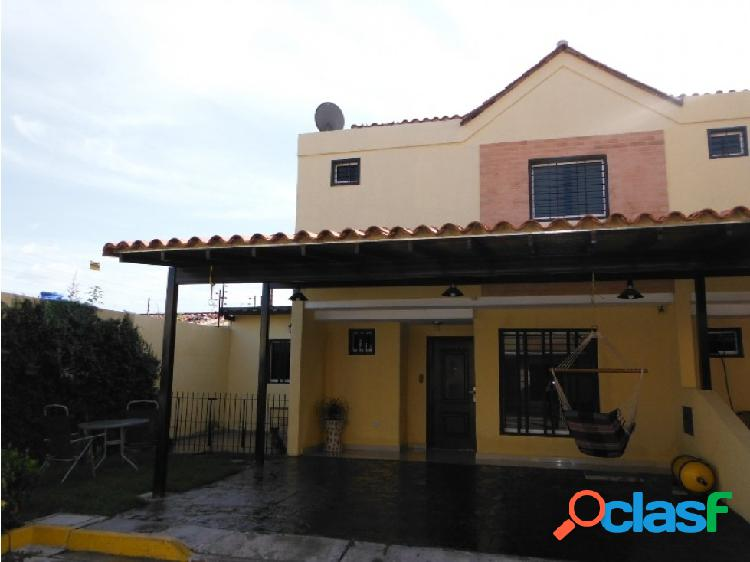 Casa tipo Townhouse en Guacara