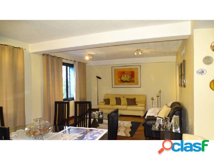 En venta Amplio y lujoso apartamento en el Parral 2
