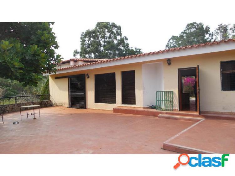 Casa en la entrada 20-8035 raga