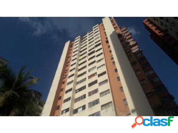Se vende apartamento en las chimeneas 20-1331 opm