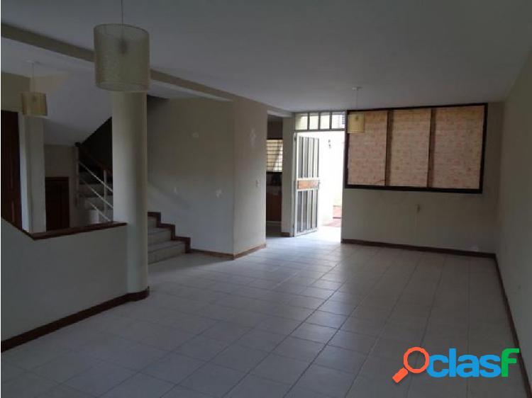 Casa en venta sector la mora 20-1495 jm